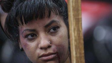 Eine von zehntausenden Frauen, die am 19. Oktober 2016 in Argentinien gegen Gewalt gegen Frauen protestiert hat