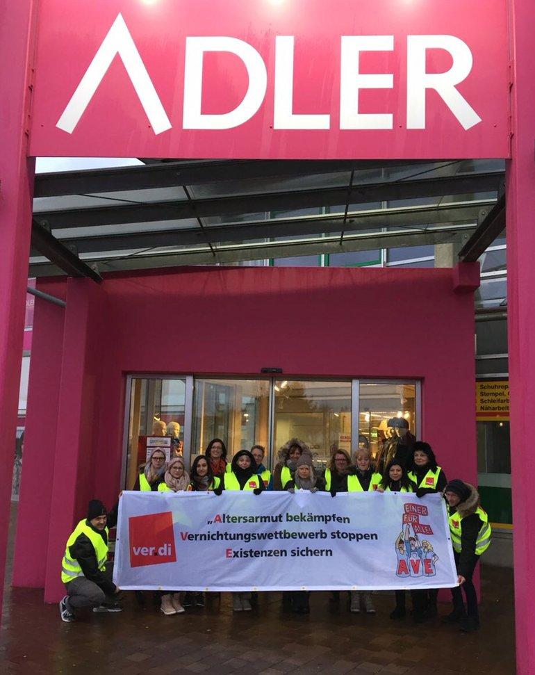 Streik bei ADLER in Augsburg